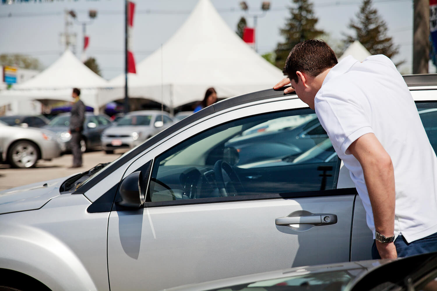 backpacker guide to buying a car in canada