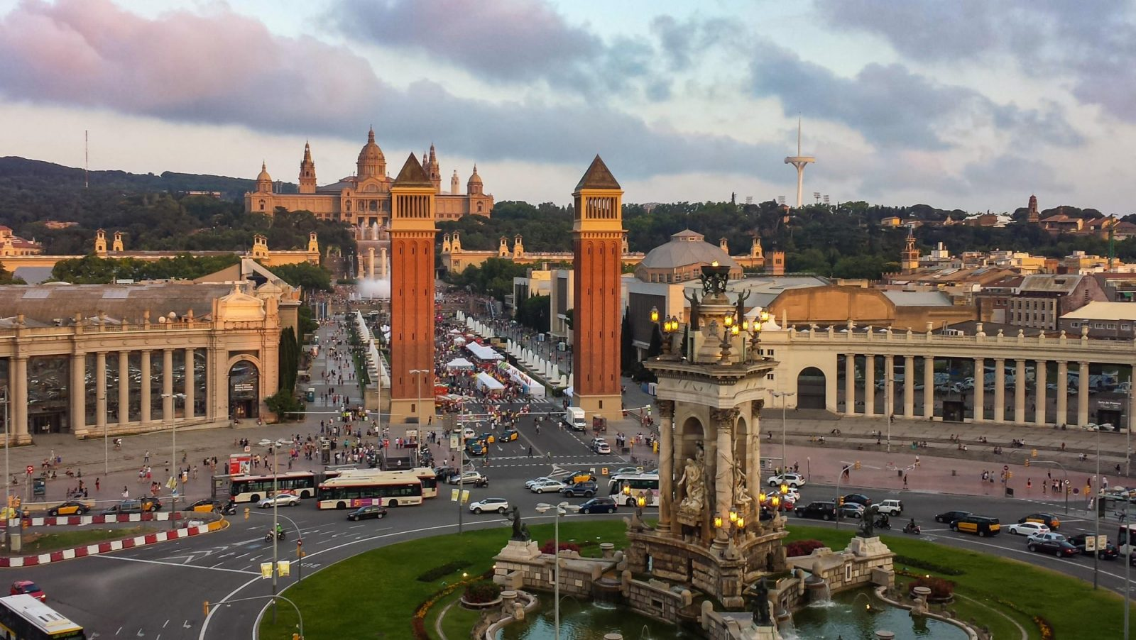 best tour guides in barcelona spain